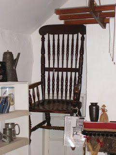 Fra le tante storie di oggetti maledetti troviamo quella della sedia di Thomas Busby. Era il 1702 e Thomas era conosciuto non solo come falsario, [...]