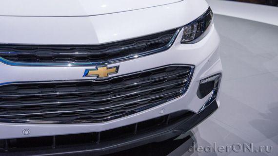 Седан Chevrolet Malibu 2016 / Шевроле Малибу 2016 – Нью Йорк. Радиаторная решетка