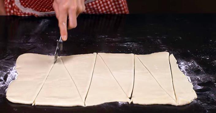 Recept na croissanty, ktoré sú domáce čerstvé chrumkavé maslové, jednoduché a…