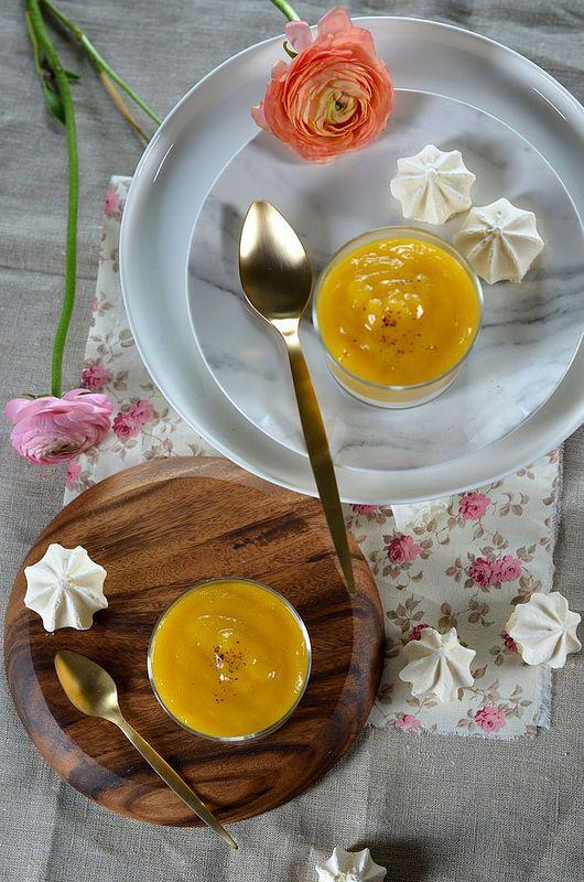 Verrine au fromage blanc, mangue et meringue - Tangerine Zest