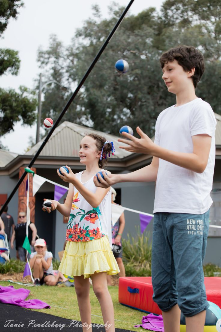 Holiday Programme | Ruccis Photo by Tania Pendlebury photography Partner Juggling Holiday Circus Classes! Imagine you and a friend learning to do awesome tricks together.  Check out the RUCCIS Holiday Program at the Kilsyth Sports Centre. http://ruccis.com.au/classes/holiday-program/ for more information.
