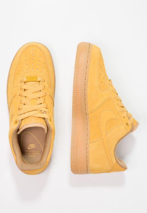 newest 2f933 03f5c Bestill Nike Sportswear AIR FORCE 1  07 SE - Joggesko - mineral yellow light  brown elemental gold for kr 949,00 (19.12.17) med gratis frakt på Zalando.no