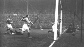 West Brom 2 Birmingham City 1 in April 1931 at Wembley. A goal for Ginger Richardson and Albion lead 1-0 in the FA Cup Final.
