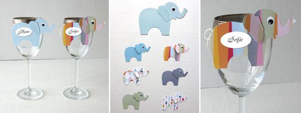 De søde små elefanter, kan bruges både som navneskilt på døren ind til børneværelset, som uro til børneværelset eller som bordkort til barnedåben. Jeg har klippet dem i mønstret og ensfarvet papir købt i Fakta. Som bordkort til en barnedåb, … Læs resten →