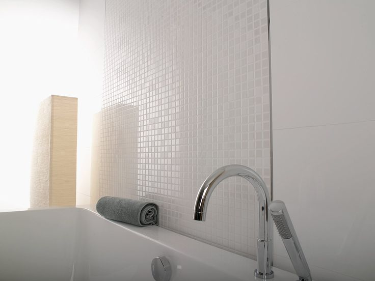 Porcelanosa's 'Eidos Nacar' Tile | Pearlescent Finish | Available at Ceramo