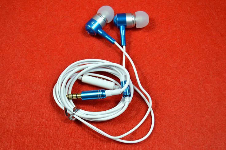 Colorful Mobilephone Headphone Headset for iphone for Samsung for HTC PSP MP3 MP4 With Remote