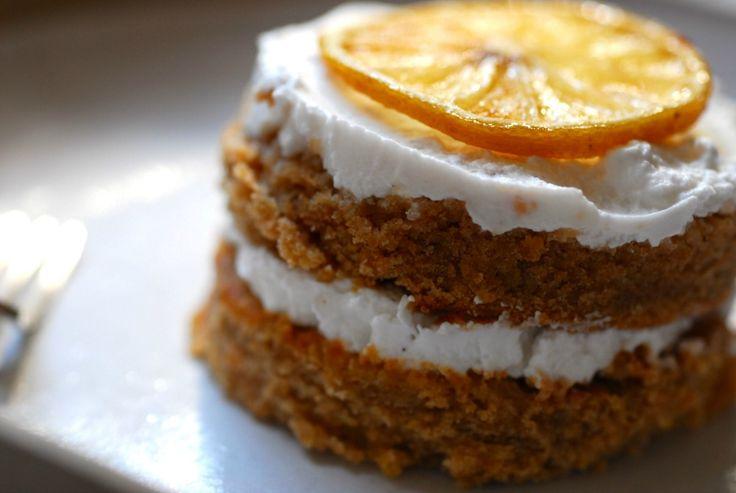 Zesty lemon & yoghurt cake