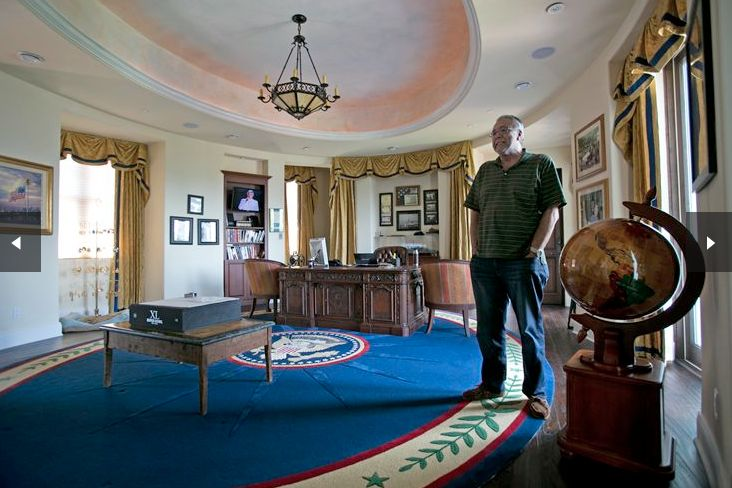 If you are rich enough, you too can call the Oval Office your own. Or at least, a replica of it. This one is in Florida...