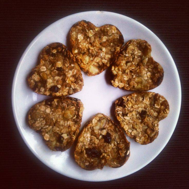 oat cookies with banana and cranberries without any mehl, eggs, fat or milk and sugar