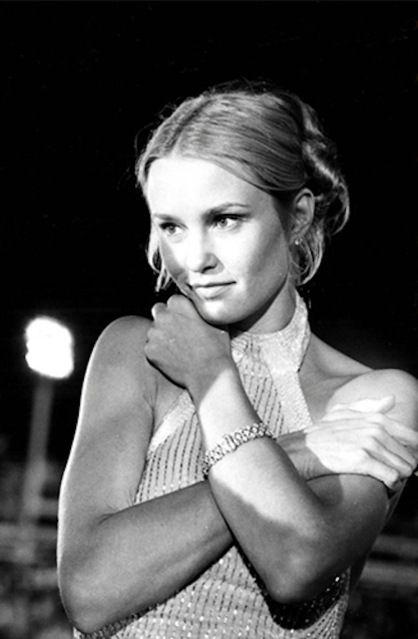 Academy Award Winner Jessica Lange - Dang, she was GORGEOUS! Still is!