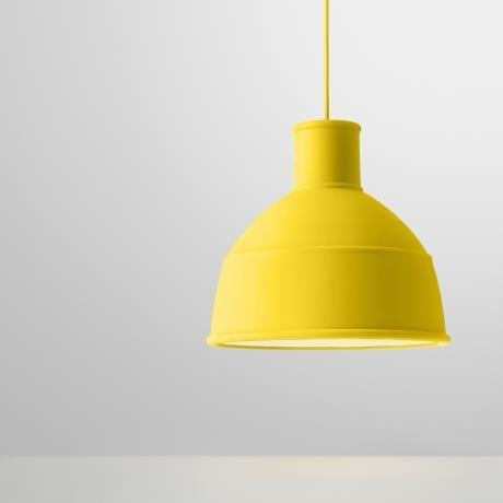 Unfold chandelier, yellow