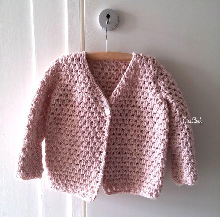 Kinderjasje of -vestje gemaakt door CreaChick. Heel leuk en schattig! Je vindt het gratis haakpatroon op haar blog via Freubelweb.