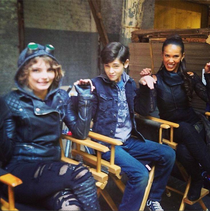 Camren Bicondova, David Mazouz & Lesley-Ann Brandt on the set of Gotham.