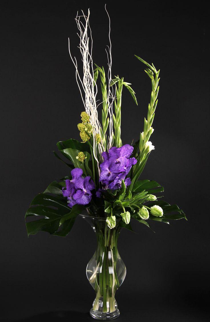Цветы доставкой, флористика оформление мужских букетов европа плюс