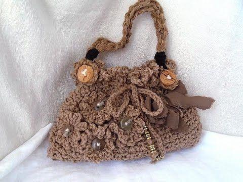 DIY ON YOUTUBE!! Easy Crochet Purse https://www.youtube.com/watch?v=dkrmvo386U0&list=UU2W9a0NxbBD53ivsdsnG6SQ
