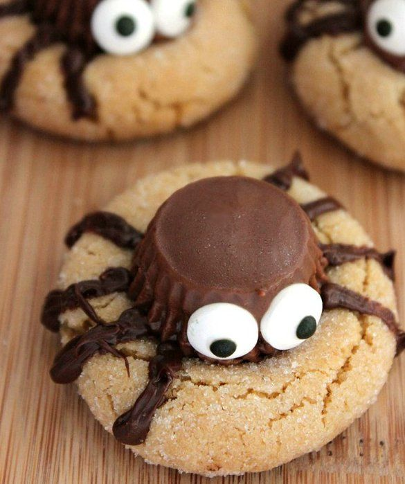 Spooky Spider Cookies for Halloween | Peanut Butter Spider Cookies