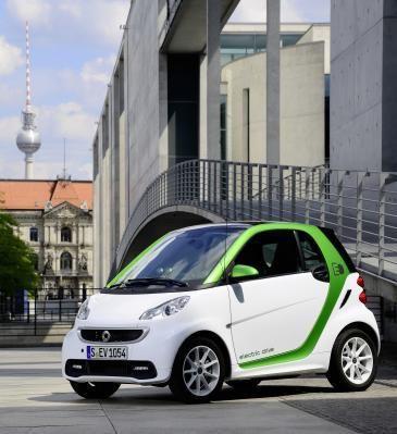 Elektromobilität zu Ende gedacht: Zweites Leben für Smart-Batterien