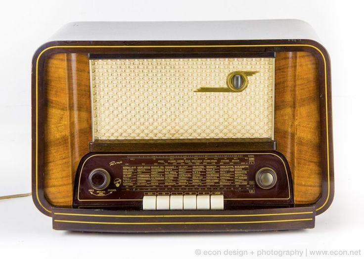 Vintage BLAUPUNKT ROMA H1153 MidCentury Tabletop Tube Radio Wood Cabinet Germany #BLAUPUNKT