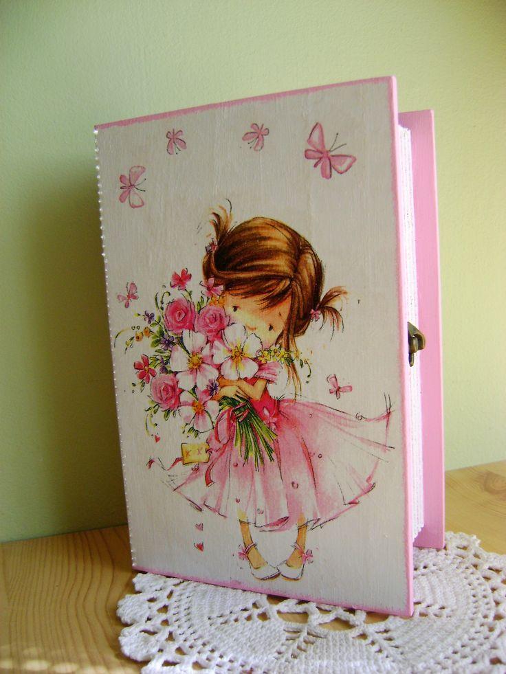 könyv alakú doboz kislánynak
