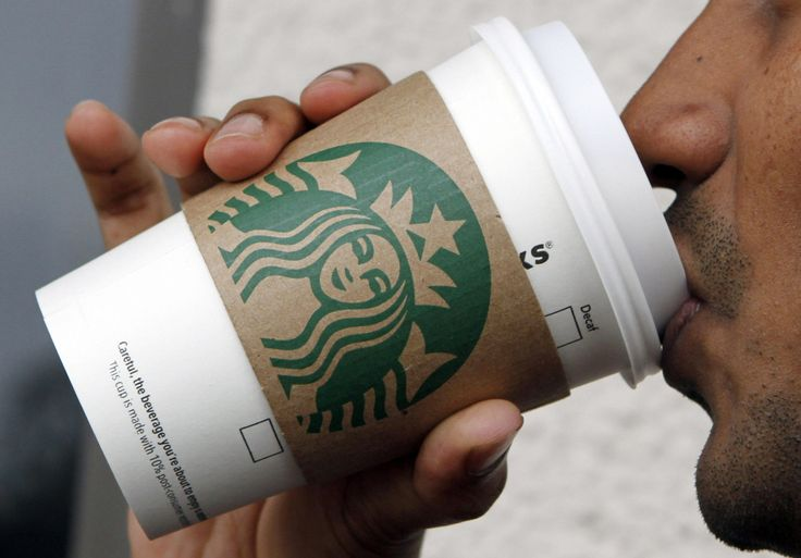 Awesome! 4,000 Starbucks employees apply for free college | USA TODAY College