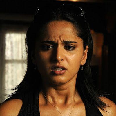 Anushka Hot Expression Pics,Anushka Hot Navel,Anushka In Souryam