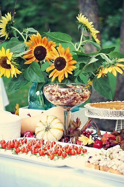 44 Incredible Autumn Table Arrangements (love the sunflower arrangement)