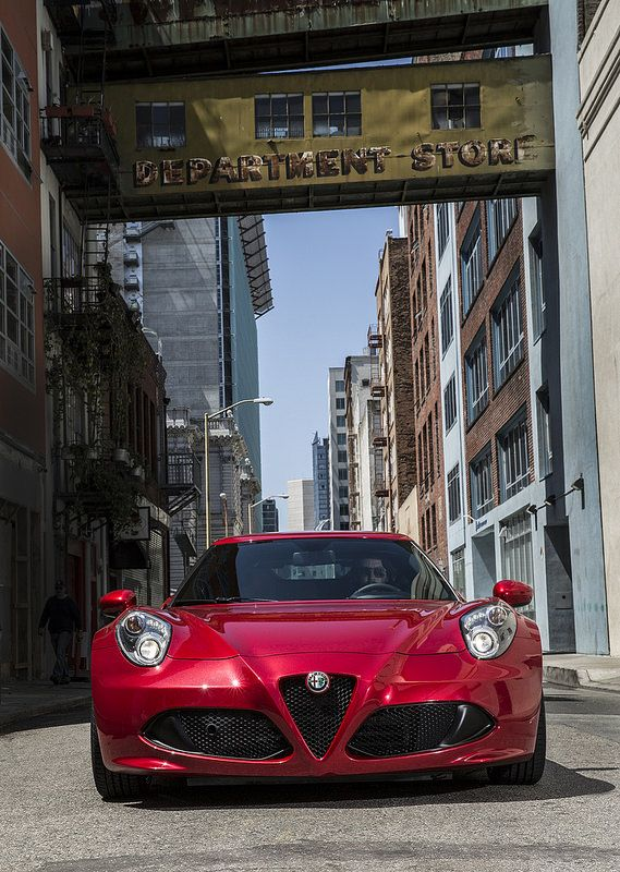 2015 Alfa Romeo 4C #alfaromeo