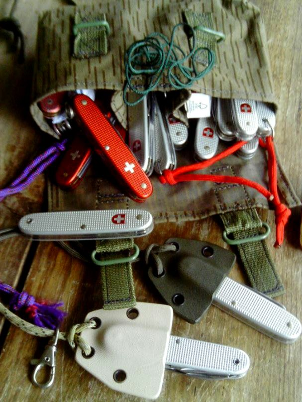 Somebody has a few too many Swiss Army knives!