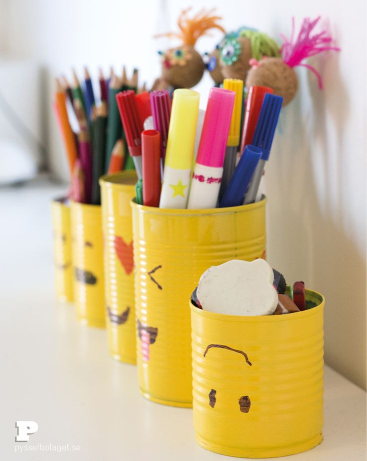 Make Emoji Tin Can Pencil Holders