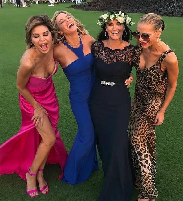 Lisa Vanderpump Addresses Fans After Missing Camille S Wedding Smart Casual Outfit Kyle Richards Lisa Vanderpump Style,Wedding Guest Flower Girl Dresses 2020
