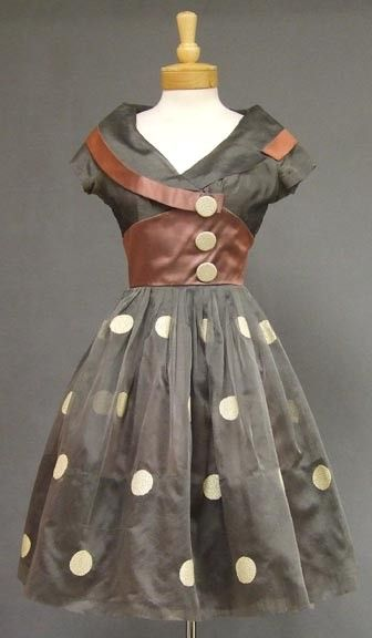 1950s polka dot dress  This is totally adorable!!!