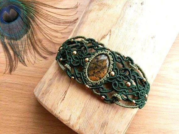 Honey Dendritic Agate macrame bracelet. Bohemian jewelry. Boho