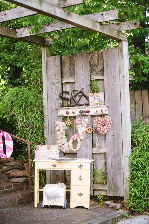 75 best vintage wedding theme images on pinterest for Outdoor vintage wedding decoration ideas