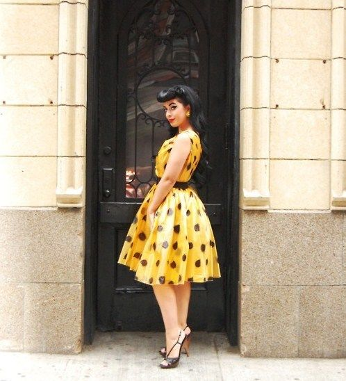 Love.: Fashion Passion, Polka Dots, 50S Pin, Cherries Dolls, Inspiration Pinboard, Retro Style, Pin Up, Pinup Passion, Yellow Black