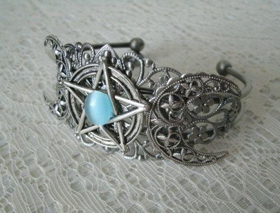 Drievoudige maan Pentacle Manchet armband Wicca door Sheekydoodle