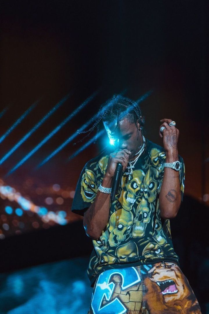 Travis Scott In 2020 Travis Scott Outfits Travis Scott Wallpapers Travis Scott