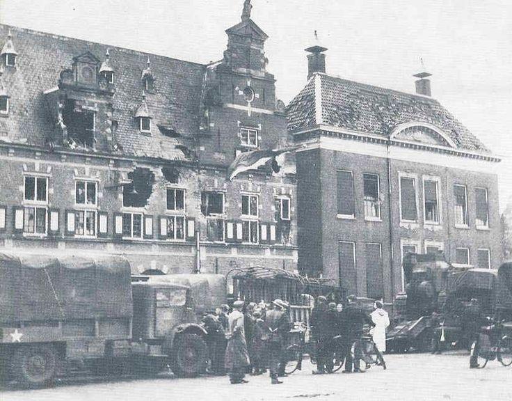 De Waag Almelo jaartal: 1945 Foto's SERC