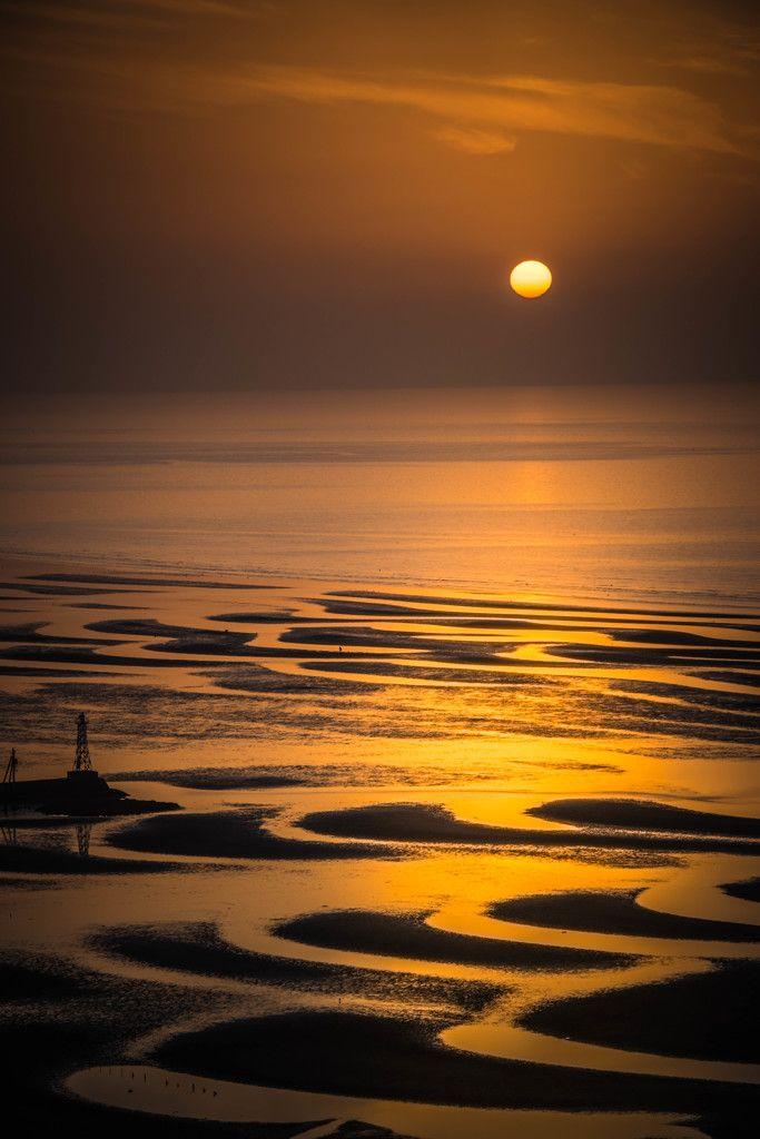 Sunset at Okoshiki Tideland, Kumamoto, Japan 御輿来海岸