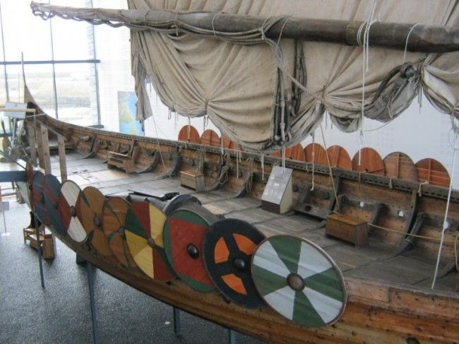 A Viking ship from the Víkingaheimar museum in Iceland. How are Vikings portrayed in museums?  http://www.medievalists.net/2014/10/06/vikings-barbaric-heroes-exploring-viking-image-museums-iceland-england-impact-identity/  #Vikings