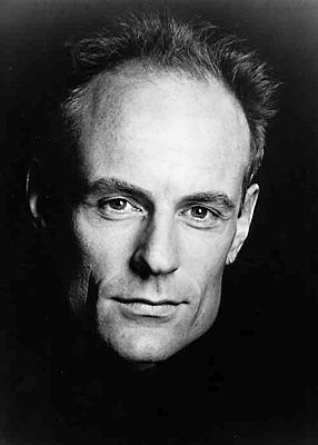 Matt Frewer. January 4, 1958. TV Actor. He lent his voice to Max Headroom and starred in the series, Watchmen.