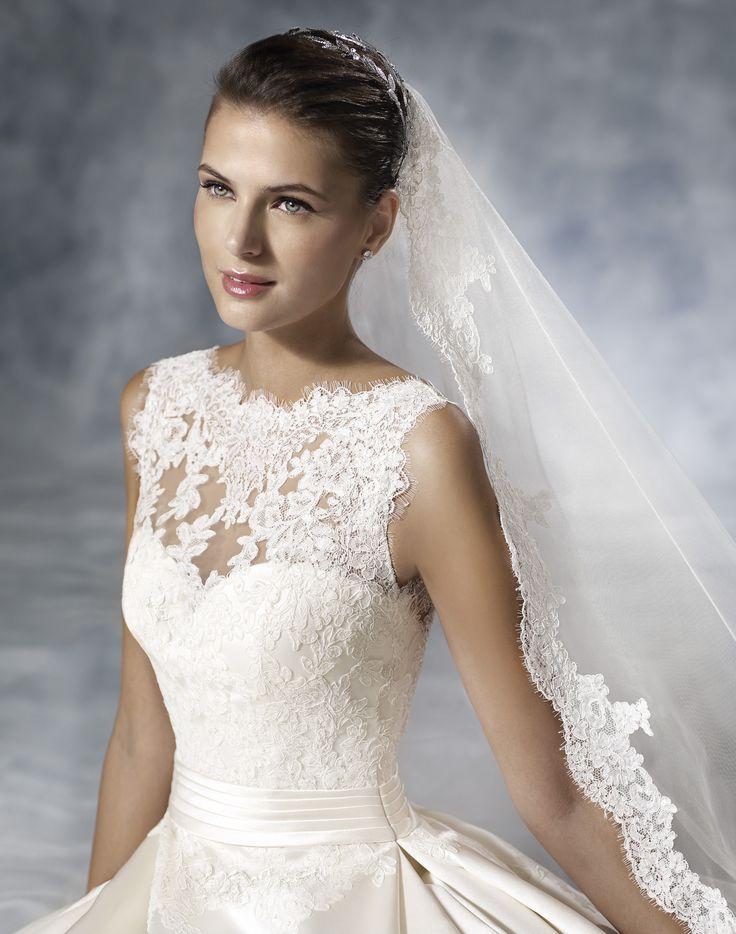 Jelso - White One - Esküvői ruhák - Ananász Szalon - esküvői, menyasszonyi és alkalmi ruhaszalon Budapesten