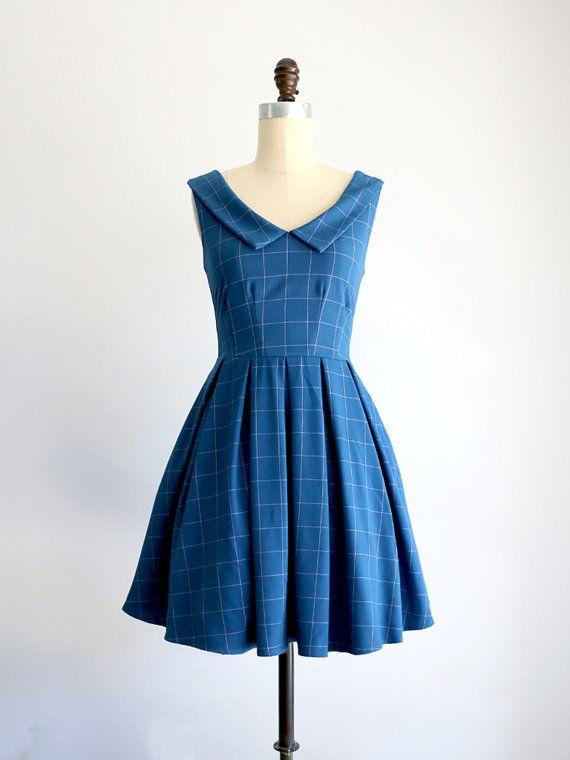 DOMENICA | Vetro blu - royal collo a punta blu indaco dress. ispirazione vintage abito damigella d
