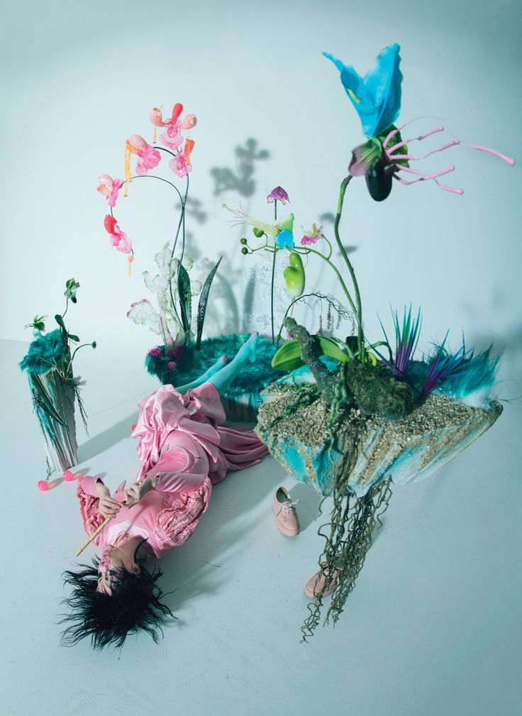 Sinéad O'Dwyer bustier; David Ferreira dress; We Love Colors tights; Björk's own shoes.
