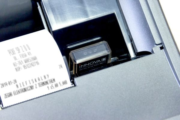 Moduł Innova EJ w drukarce fiskalnej Profit EJ. Do elektronicznego zbierania kopii paragonów.