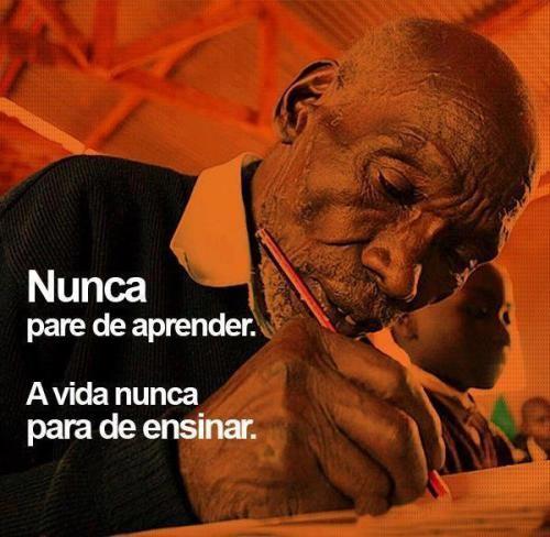 Ninguém é tão sábio que não possa aprender, nem tão ignorante que não possa ensinar.!...