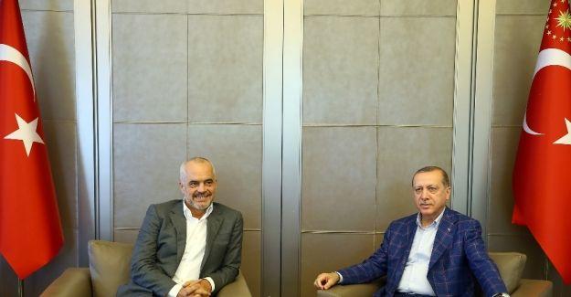 Erdoğan Arnavutlu Başbakanı Rama'yı kabul etti