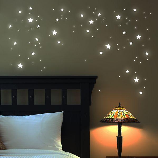Wandtattoo Sterne fluoreszierend 100 Stk   M1169 von deinewandkunst auf DaWanda.com