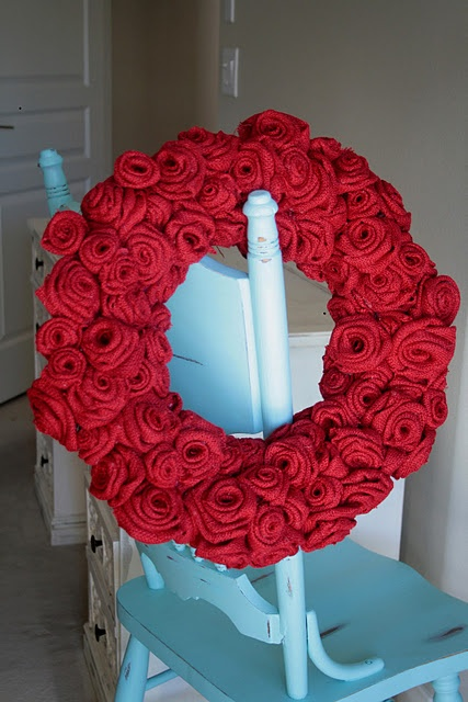 Burlap rose wreath tutorial - wish I had more time in a day.