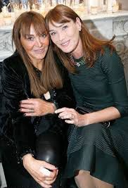 Carla Bruni love an kissing compilation @ www.wikilove.com
