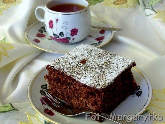 Kulinarne Szaleństwa Margarytki: Murzynek z dżemem
